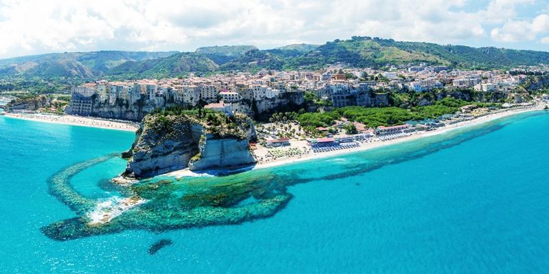 "Tropea is the ""Borgo dei Borghi"" of Italy! A Top destination for your boat  holidays! - Boatsandblog - Boatsandgo"